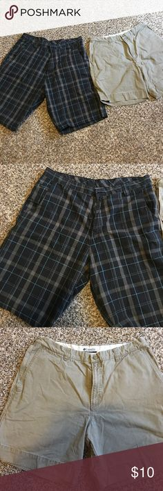 2 pairs of men's shorts- navy blue plaid & beige This listing includes 2 pairs of men's shorts- both size 36. The blue plaid pair is a brand called 1775 and the inseam is 11 inches. The beige pair is Columbia and the inseam measures 7.5 inches. Columbia Shorts