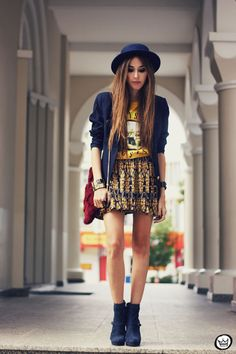FashionCoolture - 14.04.2013 look du jour Awwdore Romwe skirt hat Asos blazer (1)