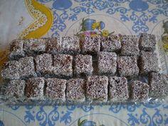 Krispie Treats, Rice Krispies, Christmas Cookies, Cereal, Food And Drink, Drinks, Breakfast, Drink, Christmas Desserts