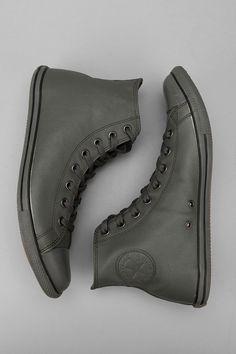 Converse Chuck Taylor All Star Slim Leather Hi Sneaker