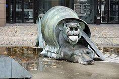 Fontaine de la Gare de la Part Dieu par Ipousteguy. Lyon