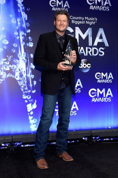 Blake Shelton took home Male Vocalist of the Year at the CMA Awards