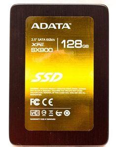ТВЕРДОТЕЛЬНЫЕ ДИСКИ (SOLID STATE DISK, SSD) - новый тип накопителей, внешне не отличается от HDD. Внутри у SDD накопителя всего лишь одна печатная плата с распаянными на ней микросхемами.