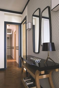 Appartement Paris place des ternes : 230 transformés - E-Decorative Modern Hallway, Contemporary Interior Design, Fireplace Design, Home Staging, Luxury Furniture, Entryway Decor, Architecture Design, New Homes, Sweet Home