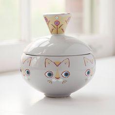 Gray Cat Jar by Klaus Haapaniemi. Ceramic Shop, Ceramic Tableware, Glass Ceramic, Ceramic Pottery, Pottery Art, Ceramic Jars, Grey Cats, Fibre, Gray Background