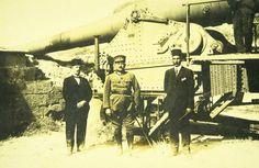 Kazım Karabekir Paşa'nın Yarbay rütbesi ile savaşmış olduğu Çanakkale'ye, 9 yıl sonra korgeneral olarak dönüşü. (1924)