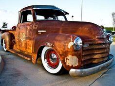 hot rod, muscle cars, rat rods and girls Rat Rod Trucks, Rat Rods, Cool Trucks, Cool Cars, Diesel Trucks, Gmc Pickup Trucks, Truck Drivers, Big Trucks, Classic Chevy Trucks