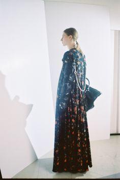 Balenciaga Pre-Fall 2016 Fashion Show