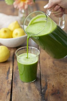 Sweet Kale Lemonade Beauty Juice  CLEAN GREEN DRINKS MAR 3 2016  POSTED BY: CANDICE  Refreshing, cleansing, and delicious, this super food–packed juice will have you feeling clean from the inside out. Who needs beauty creams and serums when you're getting all of that vitamin K, vitamin C, plus antioxidants in one tasty beauty drink?