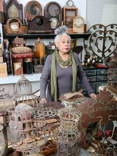 Getty Research Institute (GRI) announced the establishment of the African American Art History Initiative with the acquisition of the archive of world-renowned artist Betye Saar . African American Artist, American Artists, Artist Art, Artist At Work, Collages, Betye Saar, Hirshhorn Museum, Portraits, Arte Popular