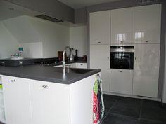 1000 images about stoere landelijk moderne keukens on pinterest van met and google - Witte keuken voorzien van gelakt ...