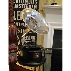 $189 RCA Victoria Gramaphone or Gramophone w Silver Big Horn Record Player 78 rpm NEW