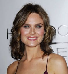 Emily Deschanel.  My choice to play the analytical and archeological Violet Stinson.