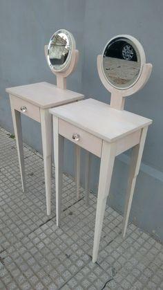 Mesas de luz en madera de guindo påtina con transparencia