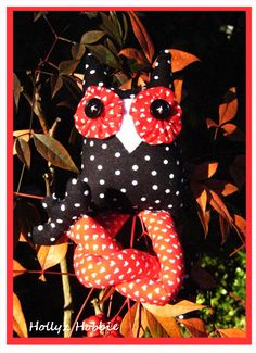 """""""Owl"""" be your Valentine! From Hollyz Hobbie on Etsy. Perfect for your sweetie. <3"""