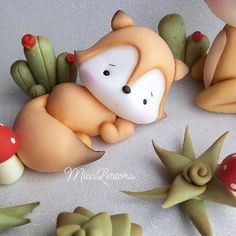 Fox and succulents polymer clay Polymer Clay Figures, Polymer Clay Animals, Cute Polymer Clay, Cute Clay, Fimo Clay, Polymer Clay Projects, Polymer Clay Creations, Crea Fimo, Fondant Animals