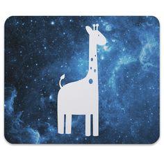 Mauspad Druck Giraffe aus Naturkautschuk  black - Das Original von Mr. & Mrs. Panda.  Ein wunderschönes Mouse Pad der Marke Mr. & Mrs. Panda. Alle Motive werden liebevoll gestaltet und in unserer Manufaktur in Norddeutschland per Hand auf die Mouse Pads aufgebracht.    Über unser Motiv Giraffe  Rekord: Giraffen sind die höchsten landlebenden Tiere der Welt. Männchen können bis zu 6 Meter hoch werden. Giraffen leben in Freiheit in der afrikanischen Savanne, in Gefangenschaft kann man sie im…