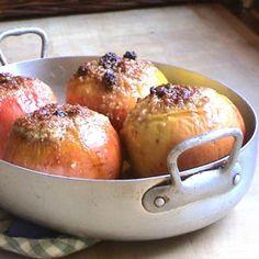 pommes au four, aux fruits secs et à l'orange