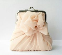 c33b564bc2a3 campagne rose purse Кошелек Клатч, Розовые Сумки, Модная Обувь, Мода Сумки,  Мода