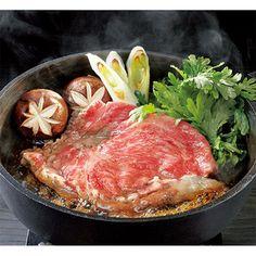 黒毛和牛のロース肉が、みそベースのすき焼だれとマッチ。【山形 山形牛ロースすき焼用】