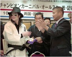 Michael Jackson Kick Boxing Champion Carnival Tokyo 1998 - https://pt.pinterest.com/carlamartinsmj/