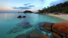 HD Nice Bach In Australia At Sundown Wallpaper