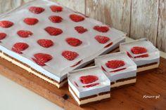 Raspberry - cake without baking- Malinka – ciasto bez pieczenia Raspberry – cake without baking - Night Food, Raspberry Cake, Food Garnishes, Polish Recipes, Diy Cake, Homemade Cakes, Food Design, No Bake Cake, Cake Pops
