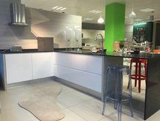 Decor y Reformas Castellon: vivienda - cocina - baño - reforma integral Table, Furniture, Home Decor, Sound Proofing, Cooking, Interiors, Home, Decoration Home