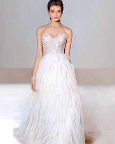 New for Fall 2016! Join us for the @lazarobridal trunk show this weekend June 3-5, book an appointment at info@jlmboutique.com or 424-249-3909. Designer appearance and 10% off! #jlmboutique #lazarobridal #trunkshow #bridalgown #weddingdress #dreamdress #bridetobe #sayyes #engaged #bridalfashion #texture #love #new