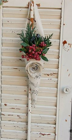 Ticking and Toile: ~a few thoughts on decorating for Christmas~love the pepperberries