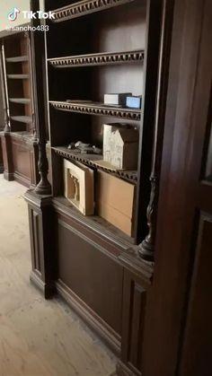 Secret Room Doors, Cool Secret Rooms, Secret Rooms In Houses, Home Room Design, Home Interior Design, Hidden Spaces, Safe Room, Dream Rooms, Cool Rooms