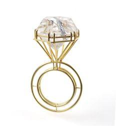 Philip Sajet- Ring van gouddraad met een geslepen steen (rutielkwarts). 2001