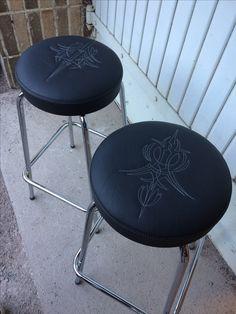 Pinstripe, stitching, upholstery, Kustom kulture Pinstripe stitching for bar stools. Pinstripe design by @ptpaint Stitching by @leenaliituraita