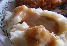 Chicken Gravy.... this turned out AMAZING! And so easy!