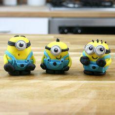 Resultado de imagen para cupcakes minions toppers