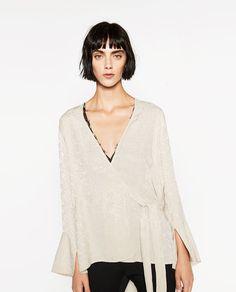 Image 2 of JACQUARD KIMONO from Zara