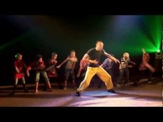verschillende dansjes o.a. pinguindans, minidisco, papegaaientwist, snappie, ...