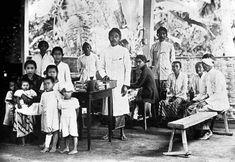 Sebuah klinik untuk masyarakat di Bongsorejo, Jombang 1920  (C) Tropenmuseum