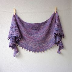 Marbelous is a light shawl for those lovely spring and summer days :)