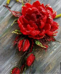 (47) Одноклассники Seed Bead Flowers, French Beaded Flowers, Wire Flowers, Flowers Nature, Red Jewelry, Bead Jewellery, Seed Bead Jewelry, Beading Projects, Beading Tutorials