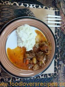 CHARLEEN SE BEESSTERTPOT Stew, Oatmeal, Breakfast, Food, Breakfast Cafe, One Pot, Essen, Yemek, Rolled Oats