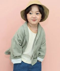 Round Jacket is a product from the Sewing-B - Fall 2019 collection. You can order it at our online wholesale market for Korean children fashion brands. Korean Winter, Fashion Brands, Kids Fashion, Bomber Jacket, Unisex, Sewing, Jackets, Female Dwarf, Down Jackets
