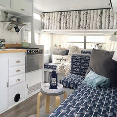 Best Rv Camper Interior Remodel Ideas, Today, you'll find all kinds of campers. Sometimes older campers require an easy face lift or a comprehensive makeover and if you're a camper operator. Camper Life, Rv Campers, Camper Trailers, Happy Campers, Camper Van, Travel Trailers, Shasta Camper, Rv Travel, Rv Life