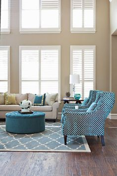 shutters on upper windows living room House of Turquoise: Abbe Fenimore + Shop Ten 25 Giveaway! Eclectic Living Room, Transitional Living Rooms, My Living Room, Home And Living, Living Room Designs, Living Room Decor, Modern Living, Small Living, House Of Turquoise