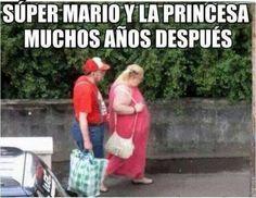 Mario y Peach 30 años después Gracias a http://www.cuantocabron.com/ Si quieres leer la noticia completa visita: http://www.skylight-imagen.com/mario-y-peach-30-anos-despues/
