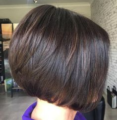 70 Cute and Easy-To-Style Short Layered Hairstyles Short Layered Brunette Bob Layered Bob Short, Short Layered Haircuts, Layered Bob Hairstyles, Short Hair With Layers, Easy Hairstyles For Long Hair, Hairstyles Haircuts, Short Hair Cuts, Cool Hairstyles, Short Hair Styles