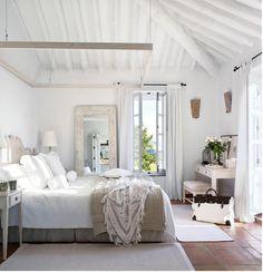 毎朝爽やかに目覚めよう♪ 南フランス風ベッドルームのコーディネート                                                                                                                                                                                 もっと見る