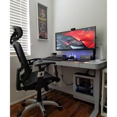 "588 Likes, 3 Comments - Mal - PC Builds and Setups (@pcgaminghub) on Instagram: ""An awesome compact battlestation!  By: u/mblim.  Check out the link in my bio! Tag a friend who…"""