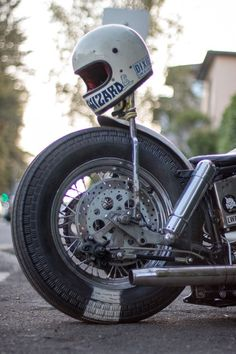 School Of Cool -Hold Fast Motorcycles Retro Motorcycle Helmets, Chopper Motorcycle, Bobber Chopper, Bobber Bikes, Cool Motorcycles, Hot Rods, Vintage Helmet, Harley Bobber, Bike Style