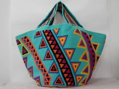 Wayuu Mochila bag Tapestry Bag, Tapestry Crochet, Ethnic Bag, Crochet Tote, Wholesale Bags, Craft Bags, Fendi Bags, Knitted Bags, Handmade Bags